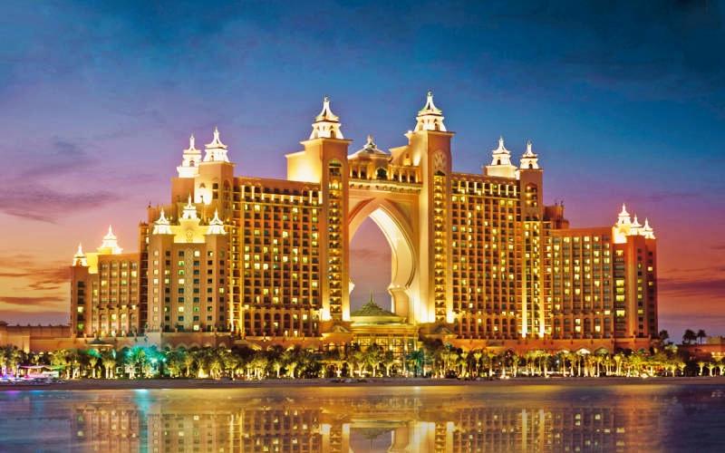 10 top luxury hotels in dubai atlantis-the-palm-dubai-toni-payne-travel