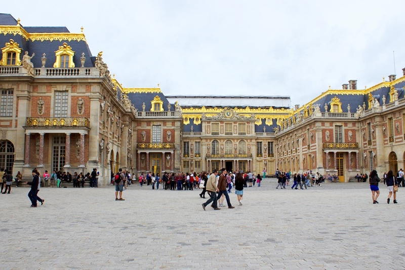 Paris Attractions : A Guide to Sightseeing in Paris, France Louvre Toni Payne Travel versaille