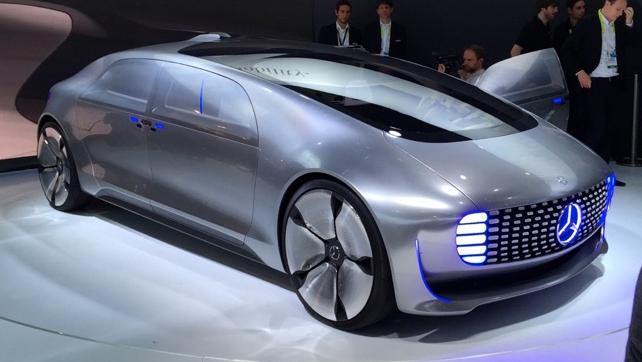 mercedes-self-driving-car-f015